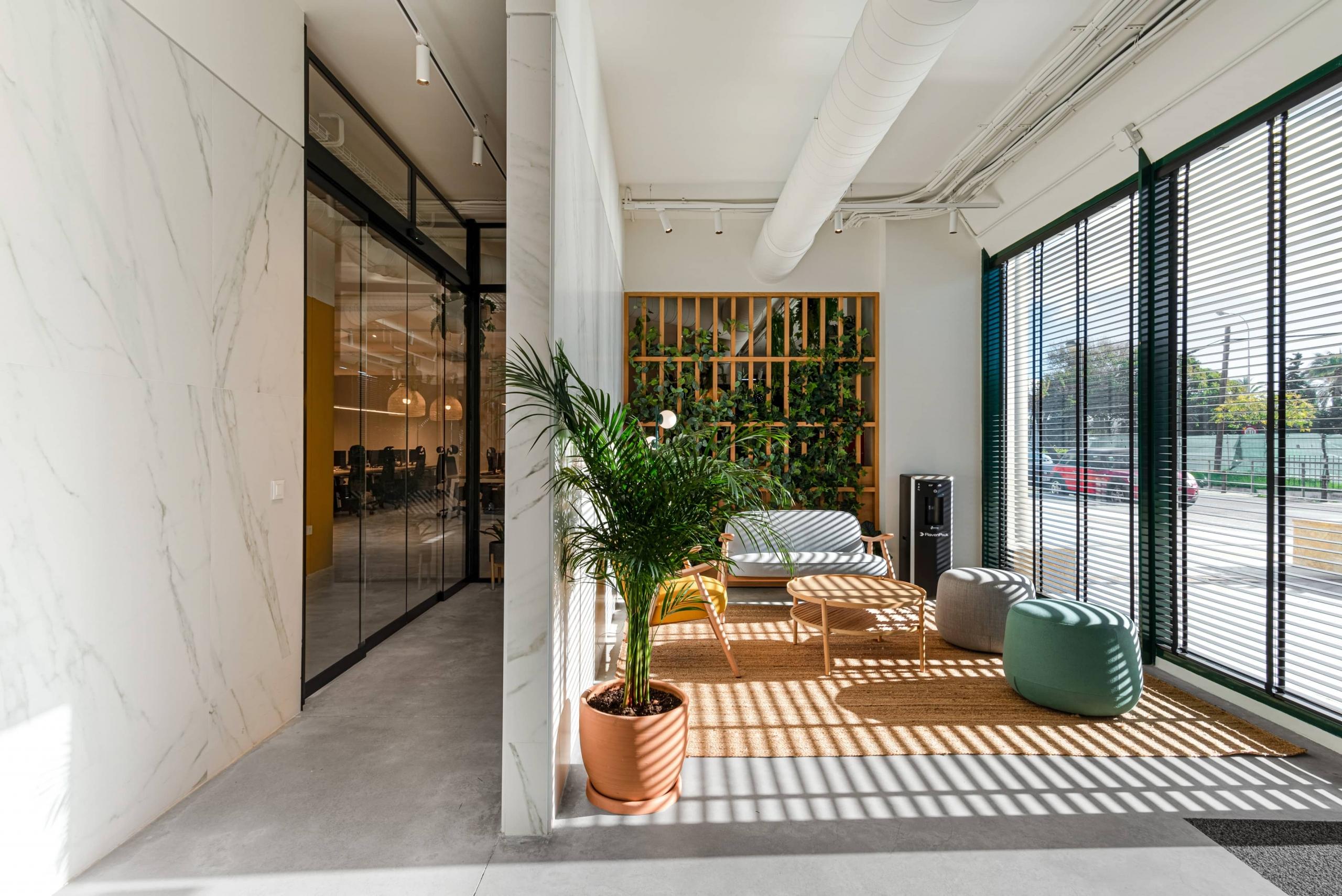 Iluminar-oficina-Marbella