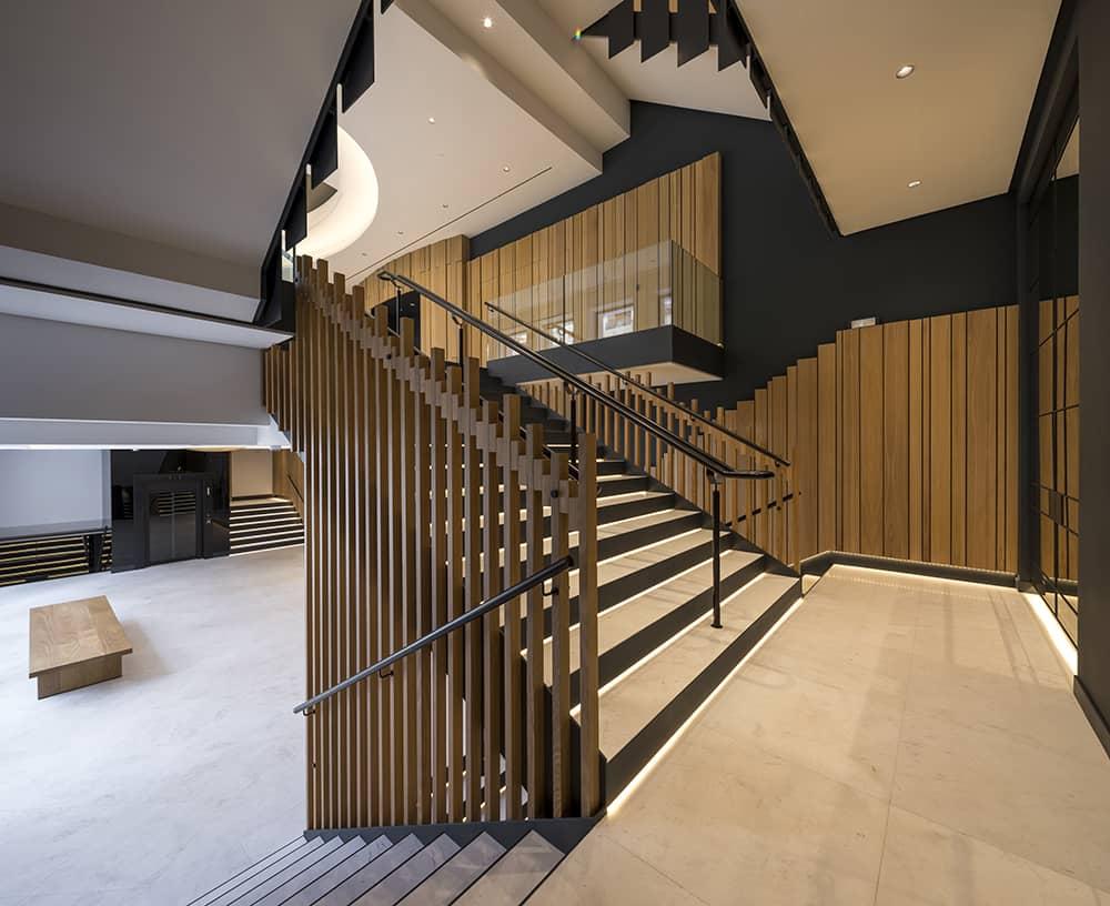 Iluminacion-escaleras-teatro